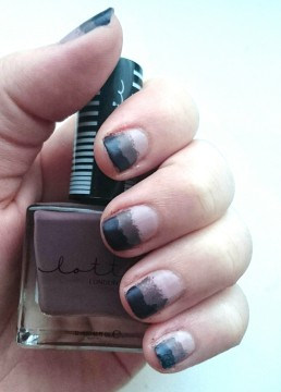 Purple Ombre Nails of the Day