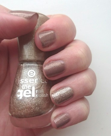 Essence On Air! Gold Glitter